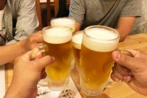 お酒(アルコール)は抜け毛の原因