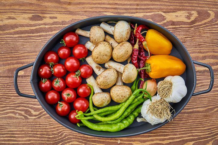 バランスの取れた食事で頭皮の炎症を改善