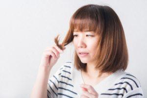 女性の薄毛の原因