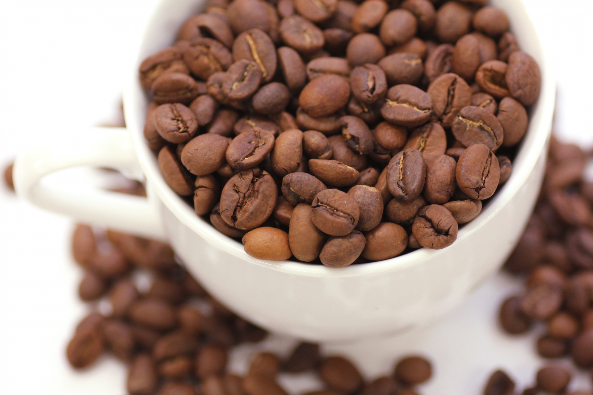 コーヒーのカフェインで薄毛・ハゲ治療?育毛・発毛の仕組みとは